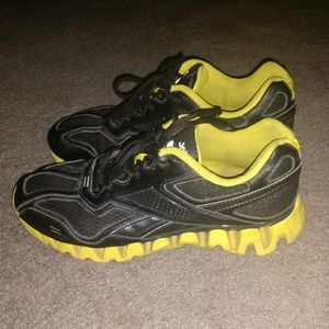 Reebok Zigtech Black And Yellow Unisex Shoes 7
